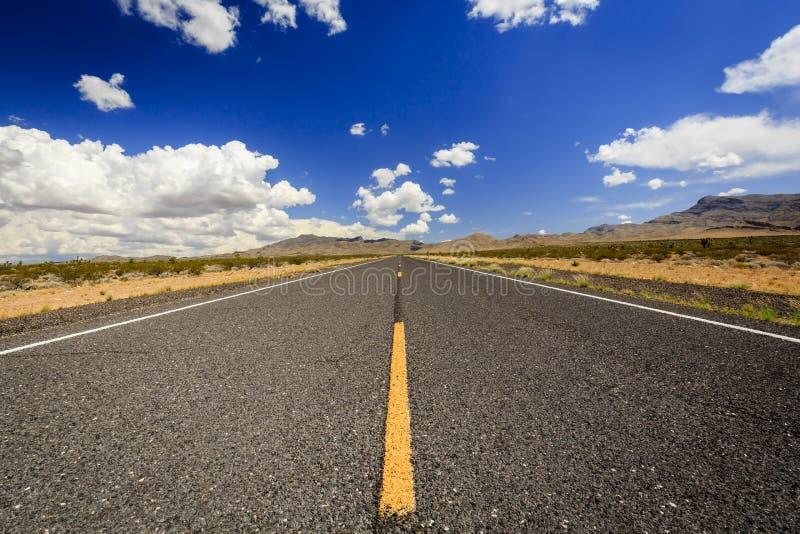 不尽的高速公路91 nearLittlefield 免版税库存照片