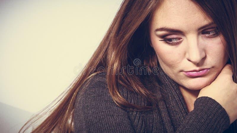 不快乐和哀伤的妇女 库存照片