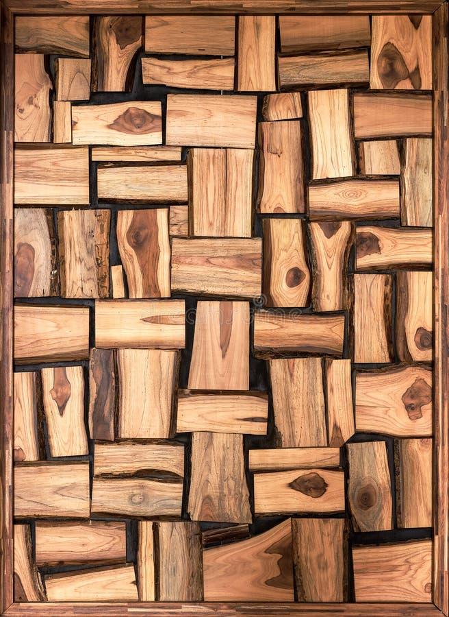 不规则形的棕色木块背景 库存图片