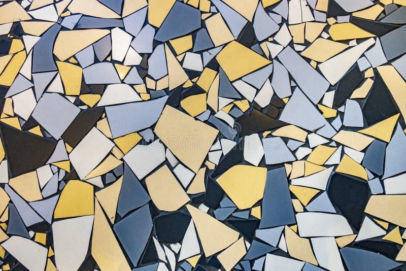 不规则的瓦片的样式在地板的 免版税库存图片