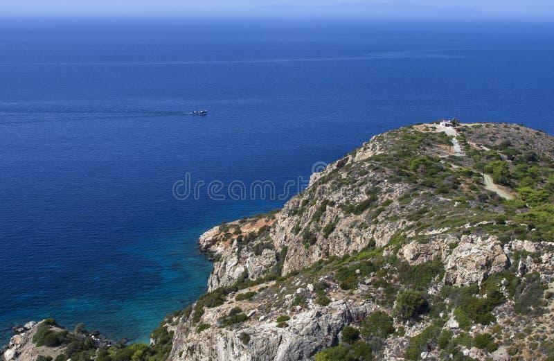 与一艘船的美好的海景在爱琴海 图库摄影