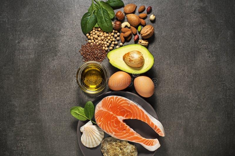 与三文鱼鱼的健康食物 免版税库存照片