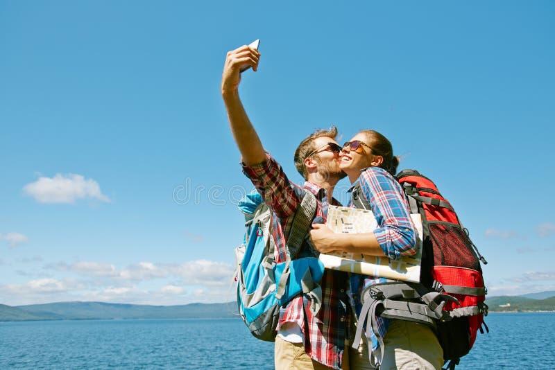 与亲吻的Selfie 库存照片