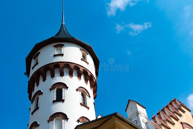 与令人敬畏的建筑学的美丽的老Radun城堡在捷克,欧洲 免版税库存图片