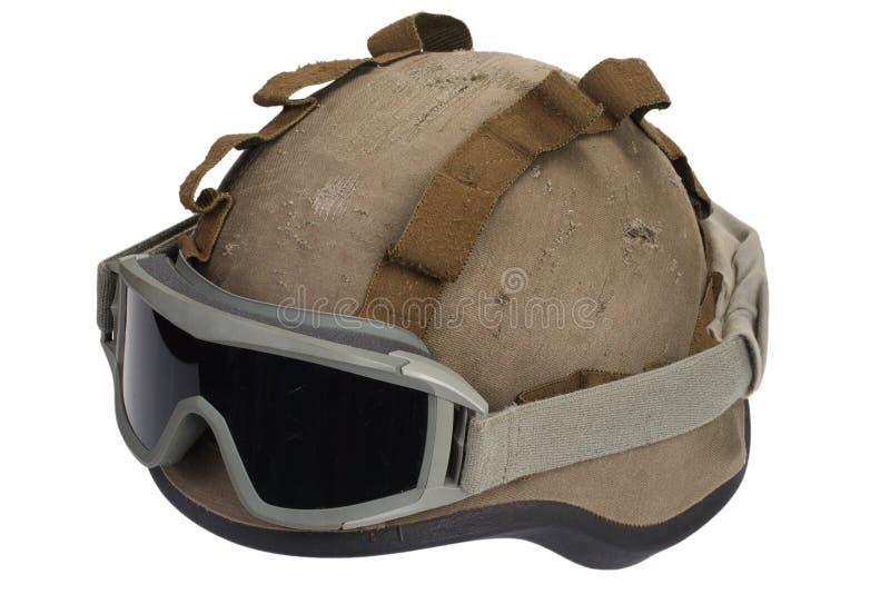 与伪装盖子和防护眼镜的凯夫拉尔盔甲 图库摄影