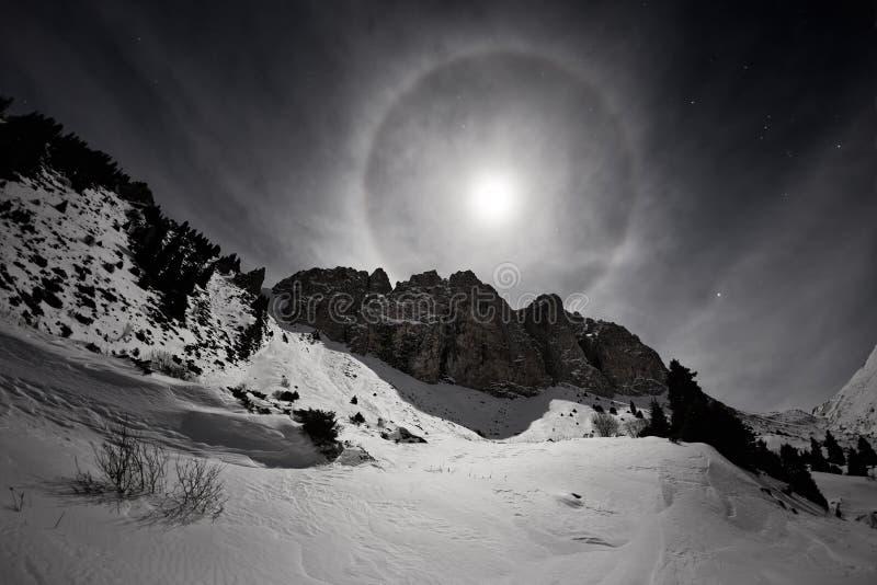 与光晕的满月 库存照片