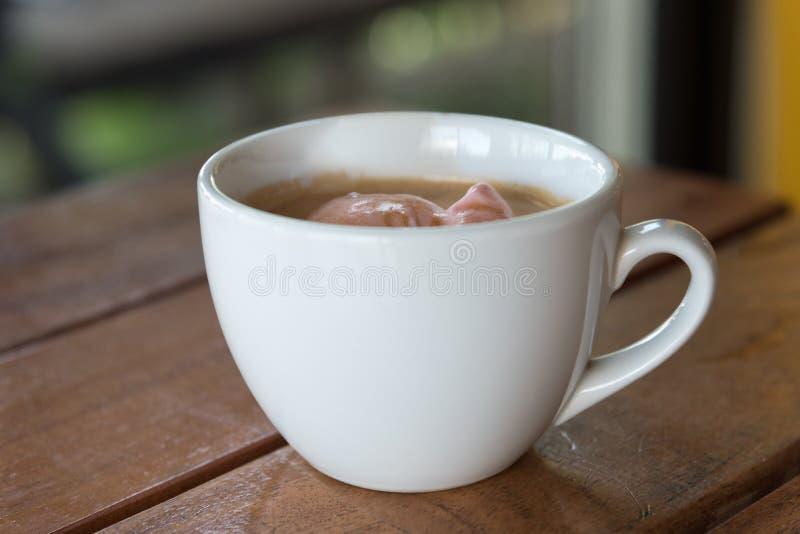 与冰淇凌的Affogato咖啡 免版税库存图片