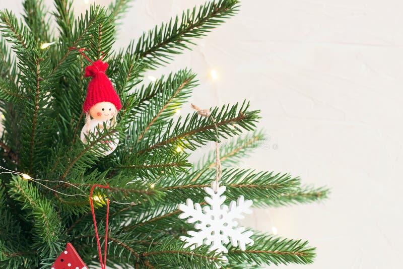 与冷杉木分支的圣诞节背景 免版税库存照片