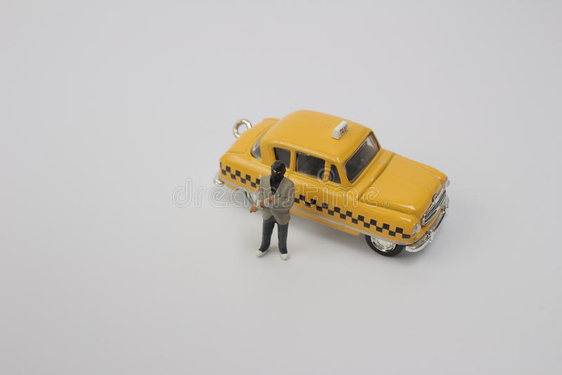 Download 与出租汽车的窃贼人微型形象 库存例证 - 图片: 82233692