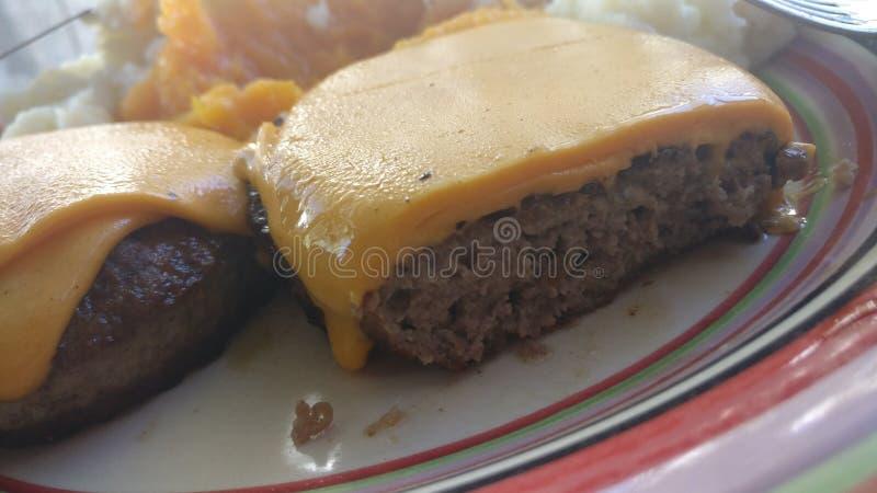与切达乳酪chesse的汉堡 库存图片