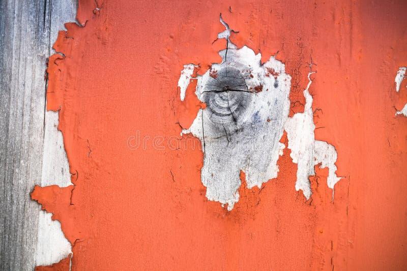 与削皮油漆的木结 免版税库存照片