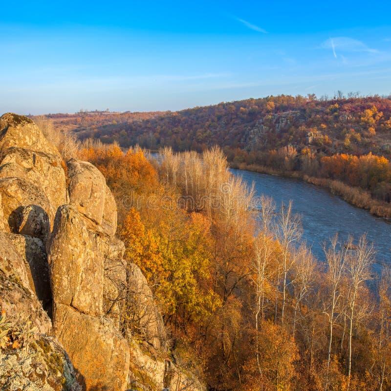 与南部的臭虫河的风景 库存图片