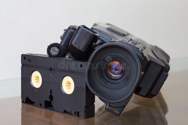 与卡式磁带VHS的照相机 库存照片