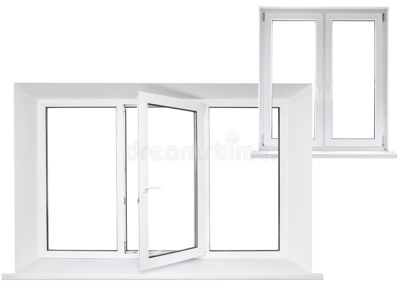 与双门的白色塑料三倍门窗口在链子 库存图片