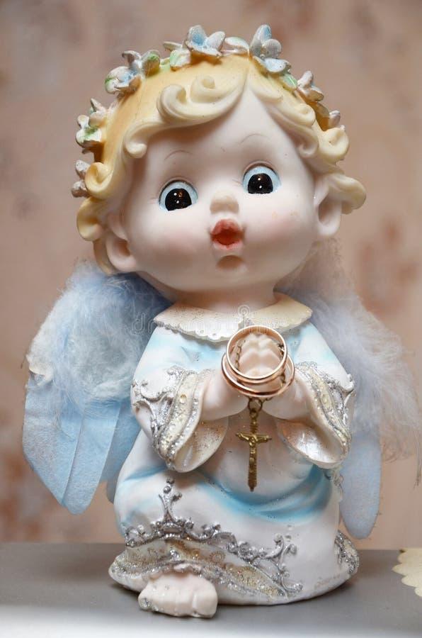 与圆环的天使 免版税库存照片