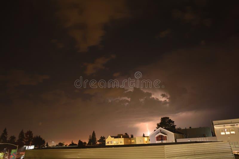与土星的照明设备风暴 免版税图库摄影