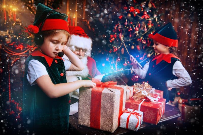 与圣诞老人的奇迹时间 图库摄影