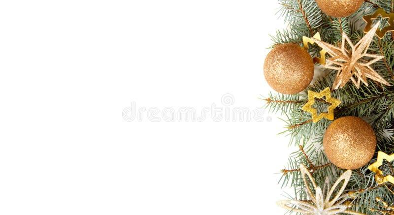 与圣诞节装饰的冷杉分支在白色背景 图库摄影