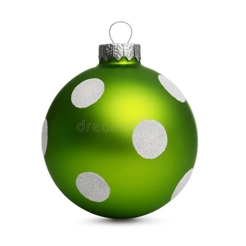 与在白色背景隔绝的斑点的绿色圣诞节球 库存图片