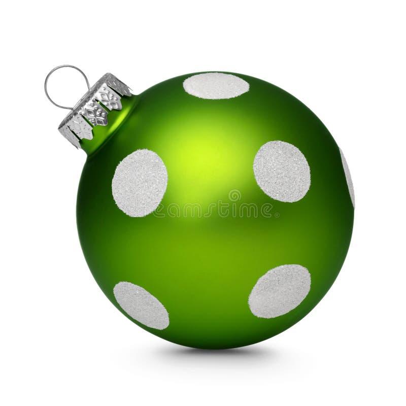 与在白色背景隔绝的斑点的绿色圣诞节球 免版税库存照片