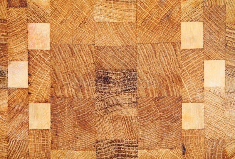 与在白色隔绝的几何样式的木纹理 库存照片