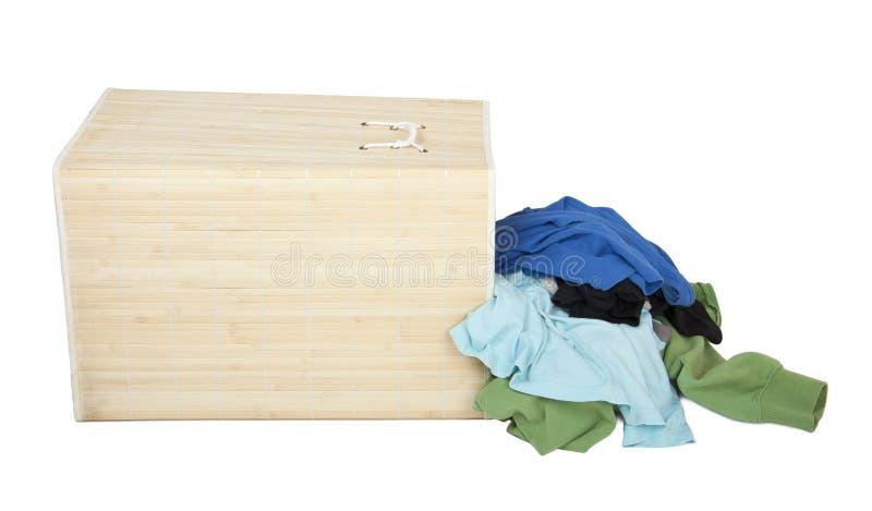 与坏的洗衣店的配件箱 库存照片