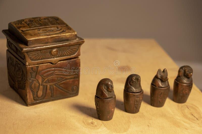与埃及标志的人工制品 库存照片