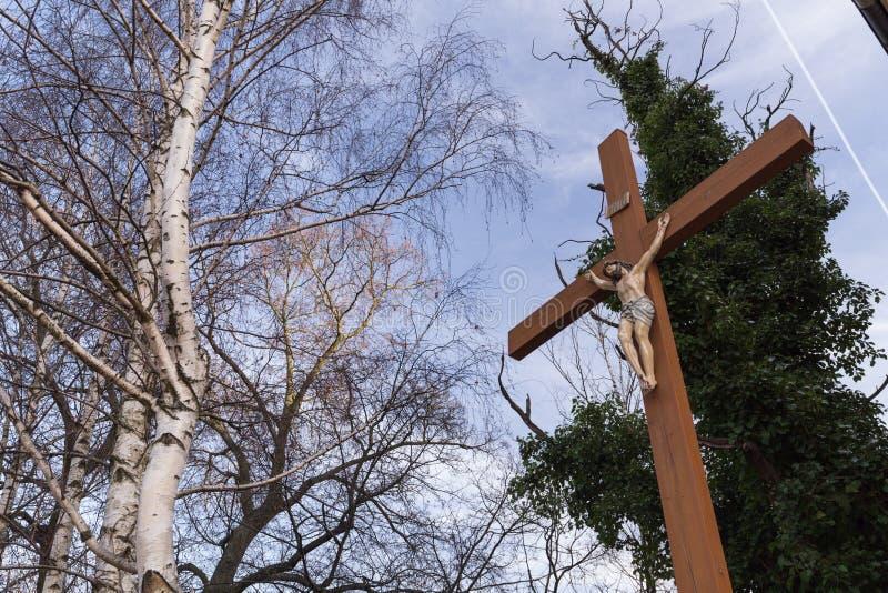 与基督的图象的十字架 免版税库存图片