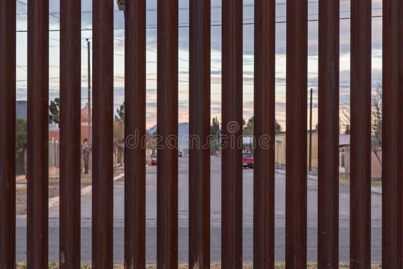 与墨西哥的美国边界 免版税库存图片