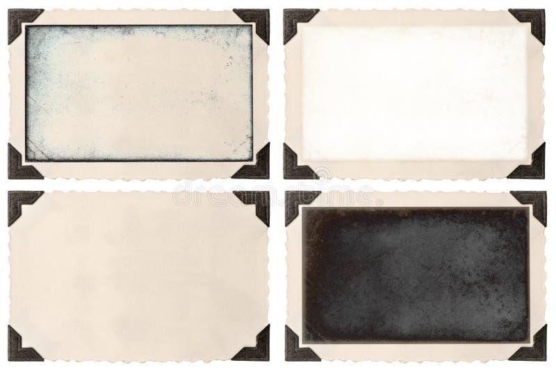 与壁角和空的领域的老照片框架 库存照片
