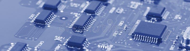 与处理器的电子线路董事会 免版税库存照片