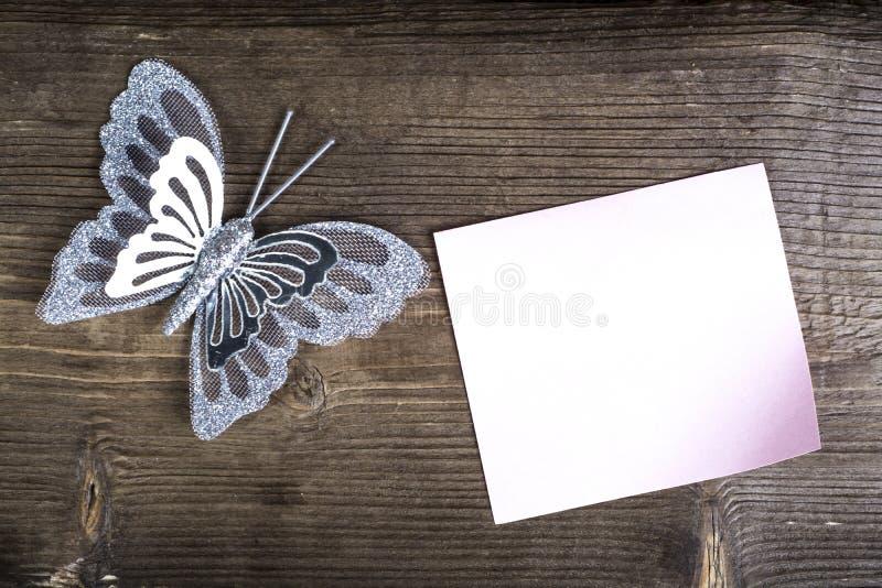 与备忘录的蝴蝶 免版税库存照片