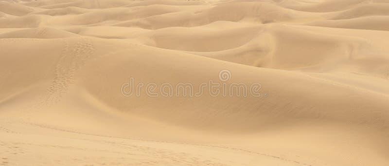 Download 与大加那利岛, Canarian海岛沙丘的美好的风景 库存图片. 图片 包括有 沙子, 自然, 梳子, 荒芜 - 62538117
