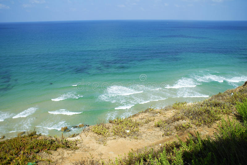 与大海的美丽的海滩在Montenagro 库存照片