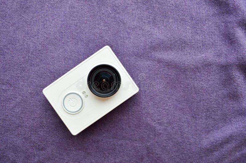 与大黑色的白色行动照相机len 免版税库存照片