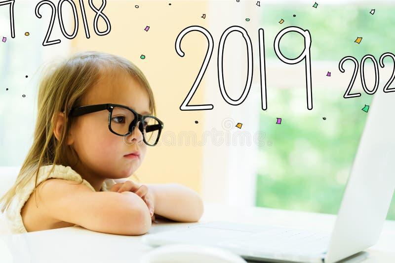 2019与女孩的文本 免版税库存照片