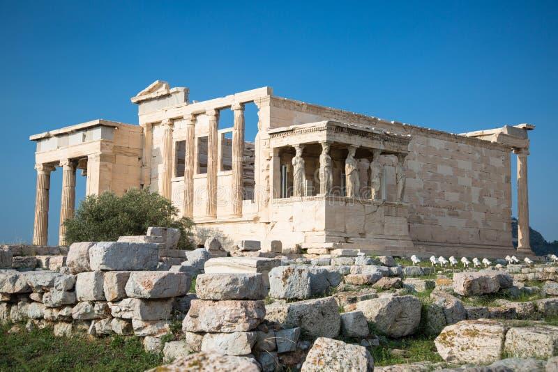 与女象柱上城雅典,希腊的门廊的Erechtheion 库存图片