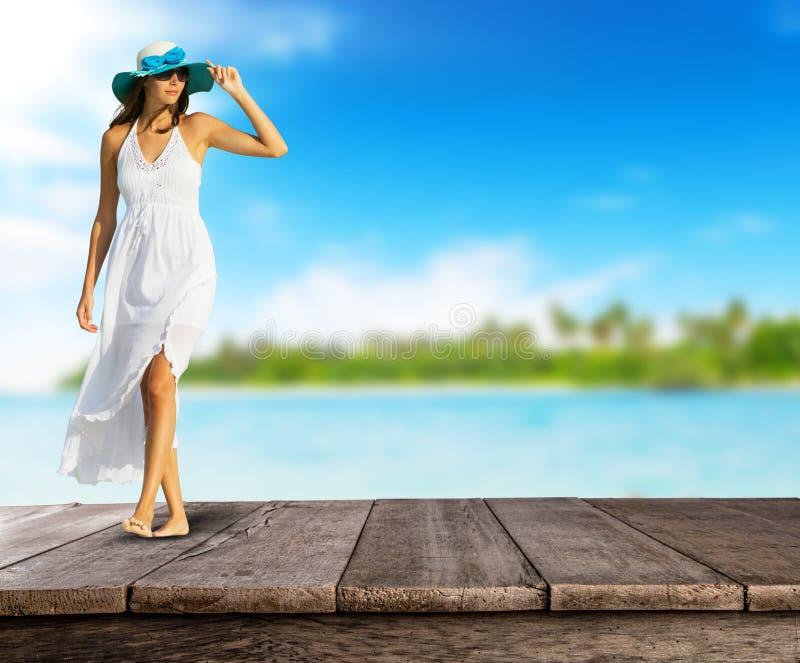 与妇女的空的木板条礼服的 免版税库存照片