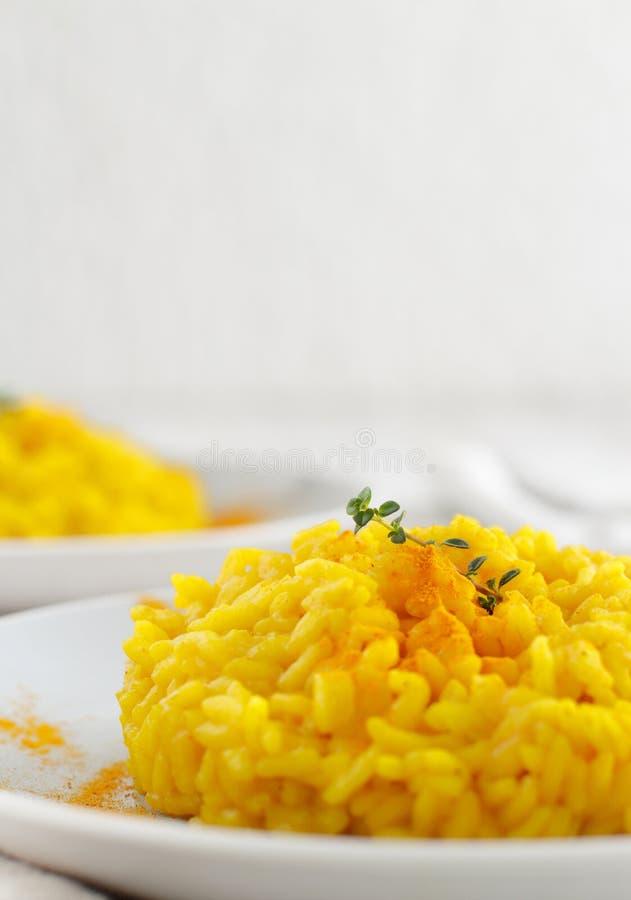 与姜黄的意大利煨饭 免版税库存图片