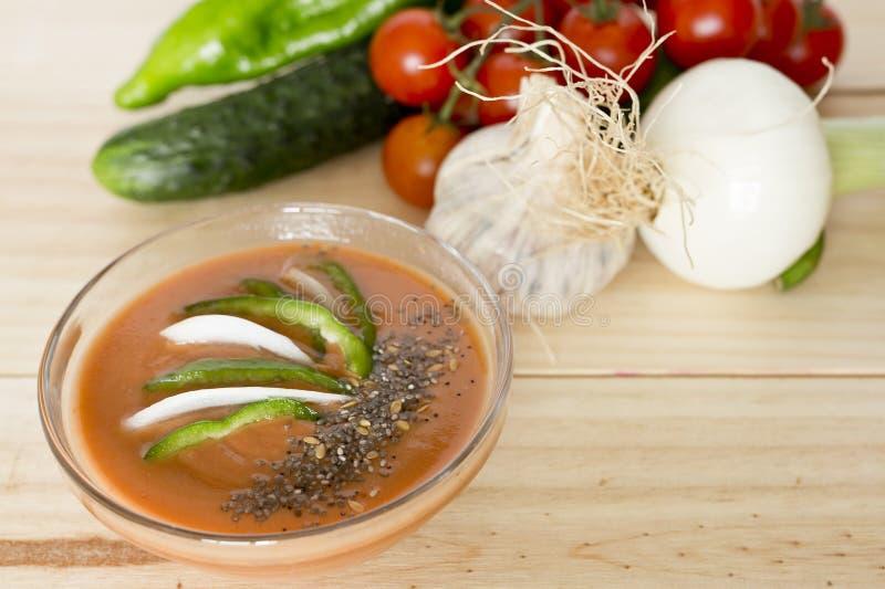 Download 与它的成份的安达卢西亚的gazpacho 库存图片. 图片 包括有 饮食, 西班牙, 营养, 液体, 蔬菜 - 72370355