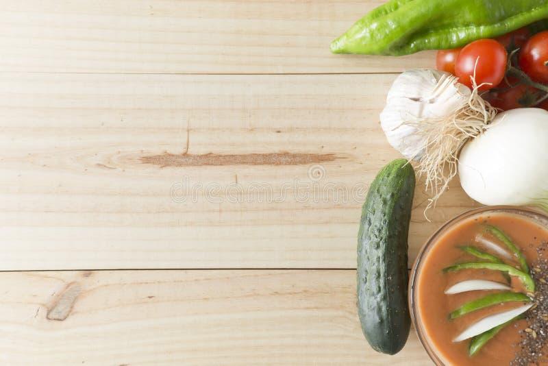 Download 与它的成份的安达卢西亚的gazpacho 库存照片. 图片 包括有 快餐, 饮食, 食物, 蕃茄, 胡椒 - 72370392