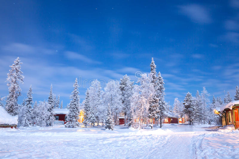 冬天风景瑞典拉普兰 免版税库存图片