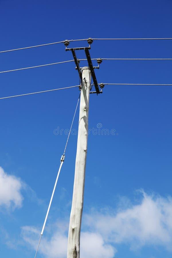与导线的电线杆 库存图片
