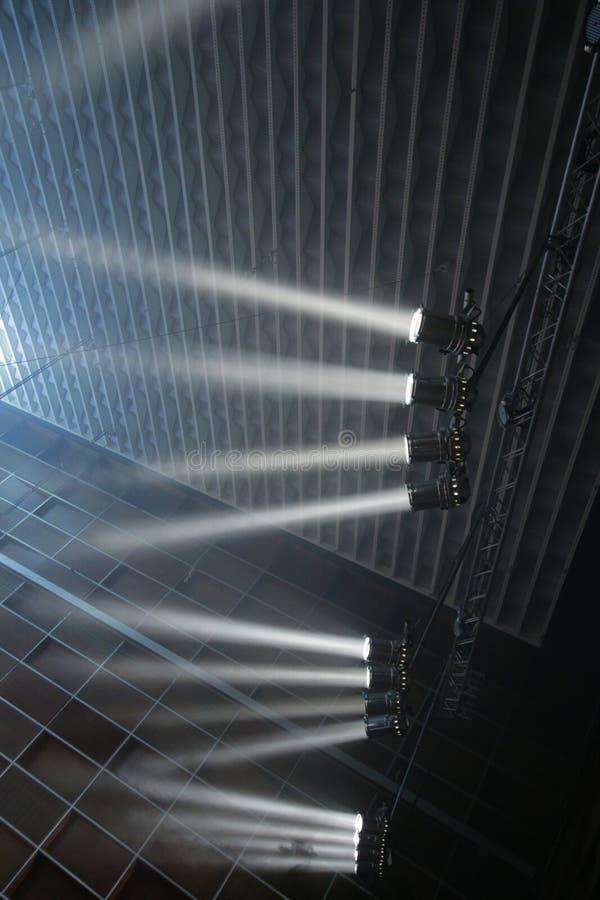 与射线的阶段聚光灯 免版税图库摄影