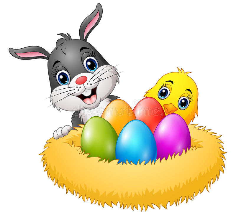 与小鸡和五颜六色的鸡蛋的复活节兔子在巢 皇族释放例证
