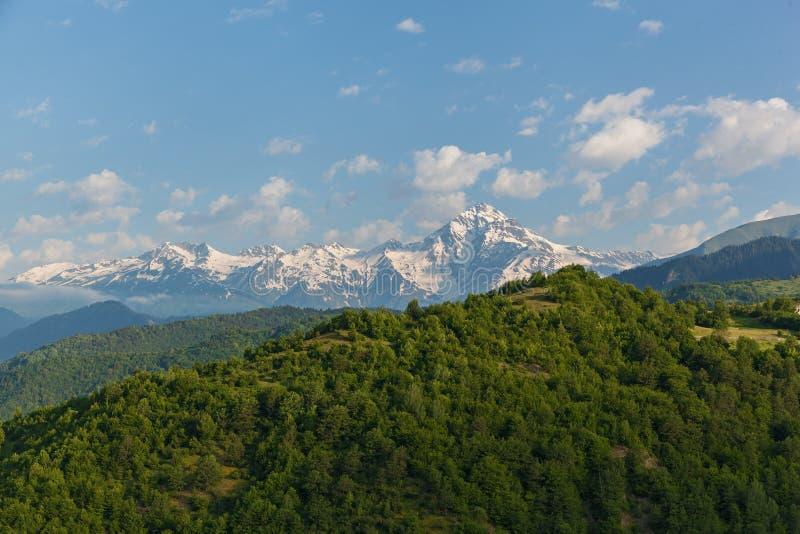 与山峰的风景在乔治亚 库存照片