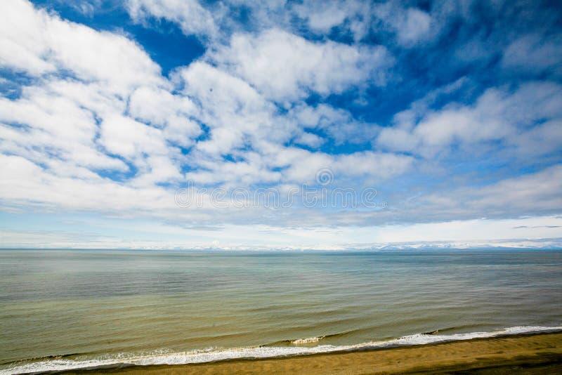 Download 与岩石的海景 库存图片. 图片 包括有 颜色, 海岸, 国家, 结算, 岩石, 小山, 安静, 地标, 户外 - 59103583