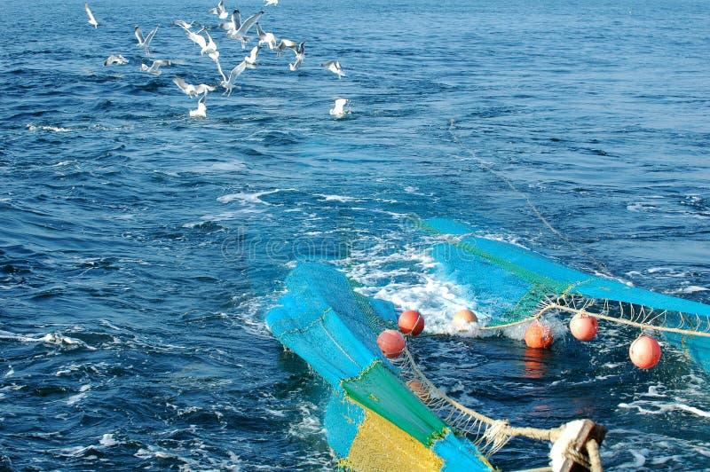 与工业捕鱼的拖钓系统 图库摄影
