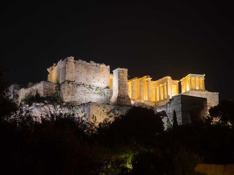 与帕台农神庙的上城小山在雅典希腊 图库摄影