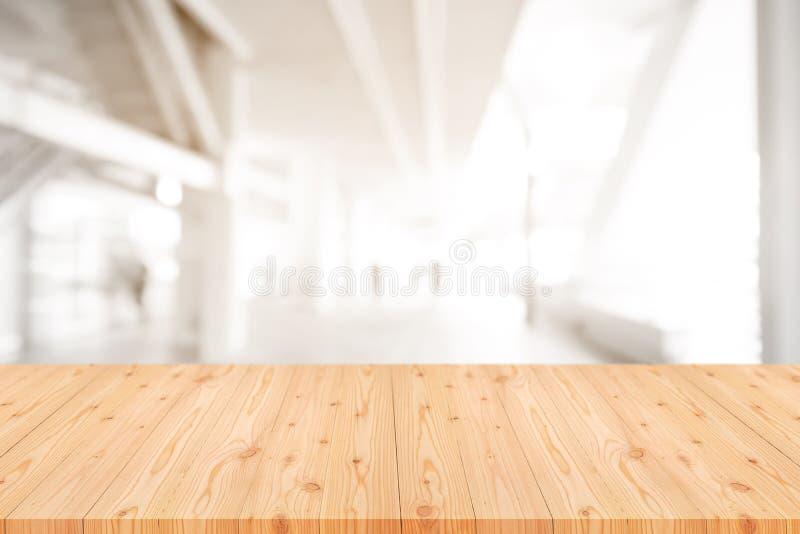 与弄脏的空的木台式咖啡馆,咖啡馆,酒吧背景,抽象背景可以为显示或蒙太奇使用 免版税库存图片